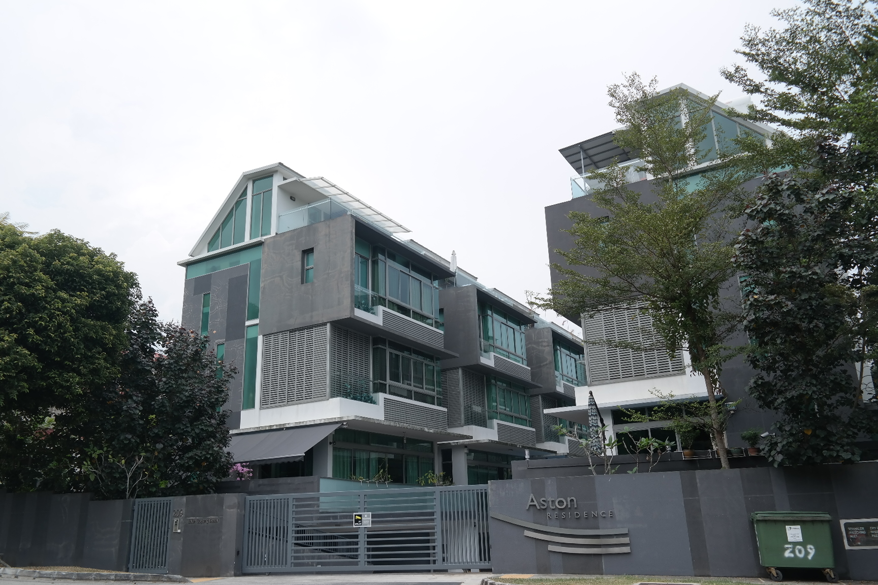 Private home prices in Singapore registered the second-largest drop in Asia